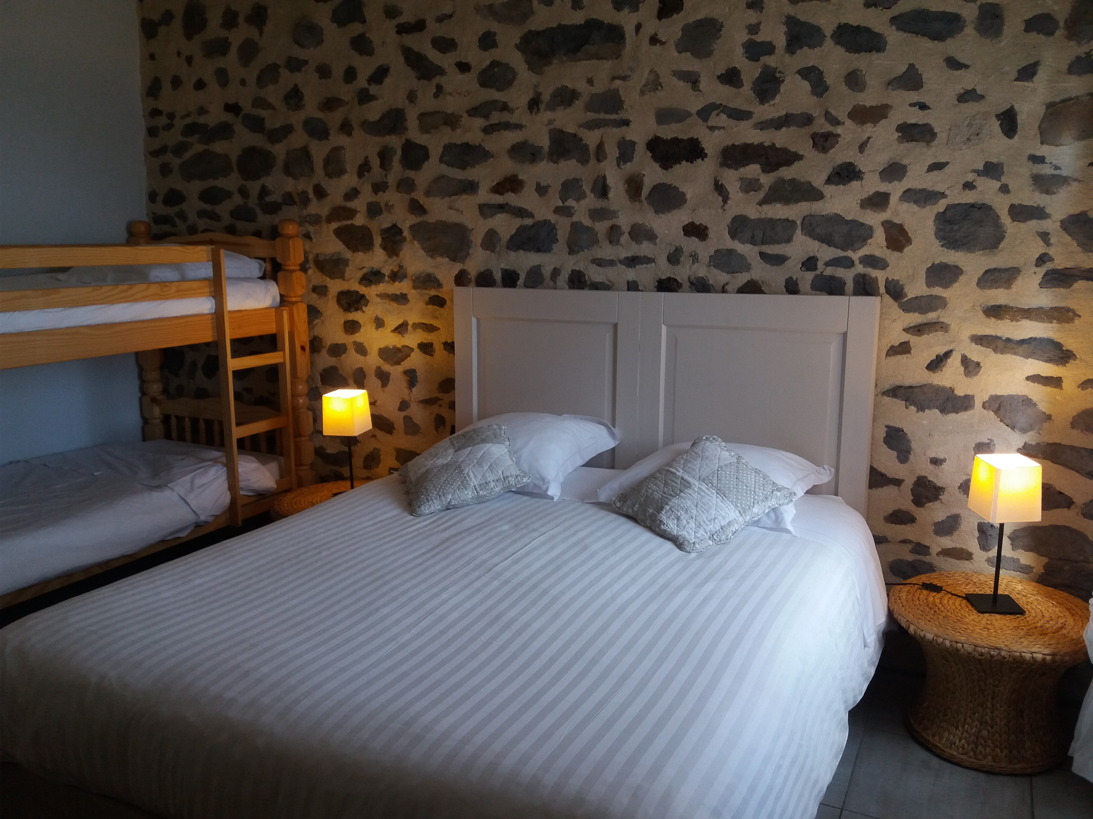 CHAMBRE MILLEPERTUIS 2